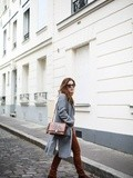 Camel shades – Elodie in Paris