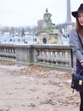 Checks on checks – Elodie in Paris