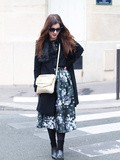 Floral skirt and fur – Elodie in Paris