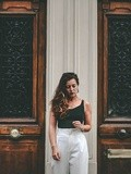 Le Pantalon Blanc – Elodie in Paris