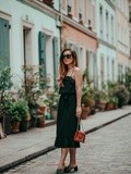 Little Black Dress – Elodie in Paris