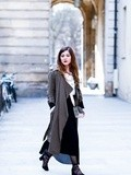 Long Skirt & Kaki Trench – Elodie in Paris