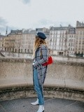 Quai de Seine – Elodie in Paris