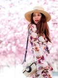 Sakura – Elodie in Paris