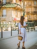 Tournesols – Elodie in Paris