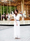 White dress & Carousel – Elodie in Paris