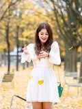 White dress – Elodie in Paris