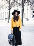 Yellow – Elodie in Paris