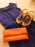 Look bleu et orange
