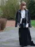 How to stay warm with long slit skirt