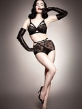 Bas Nylon & Von Follies by Dita