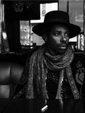 Music : Curtis Harding - On and on