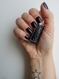 Nail Bar ** Luxedo by Essie