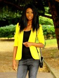 Yellow blazer and baggy jeans