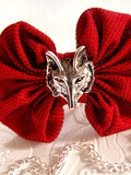 Le Chaperon Rouge Version Grand Mechant Loup (collier)